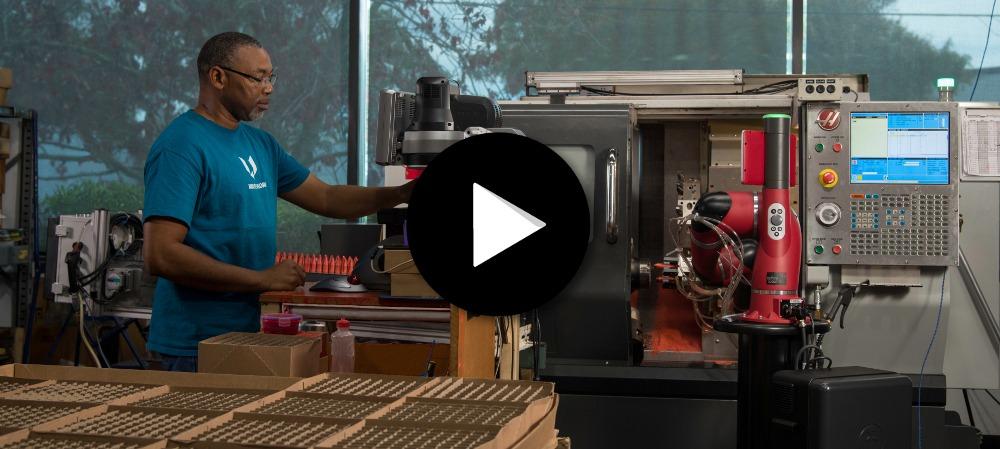 Success story - les robots sawyer en production chez Tuthill